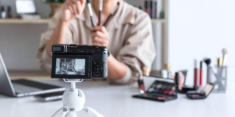 5 Best Cameras For Makeup Artists